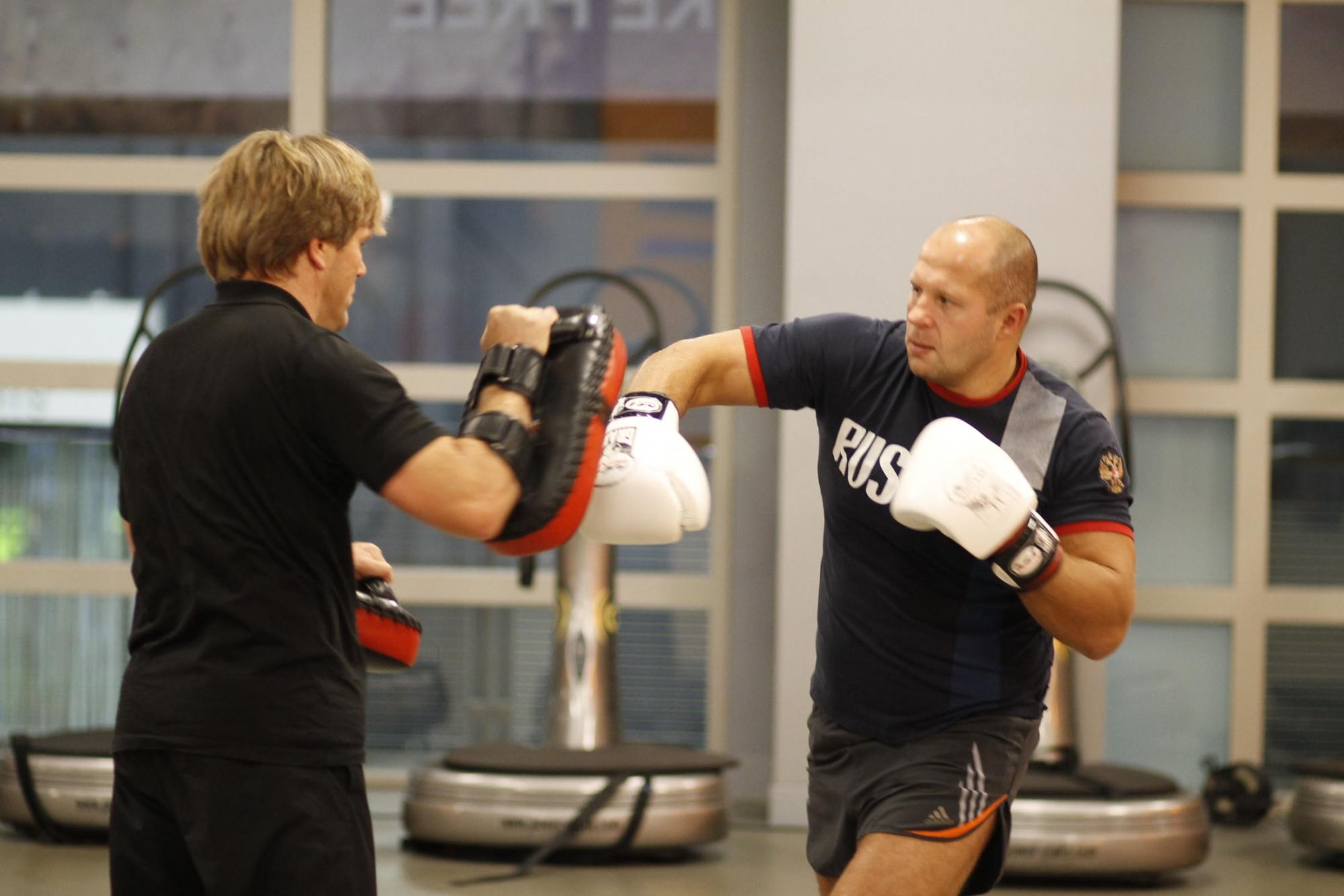 Уроки бокса для начинающих в домашних условиях 72